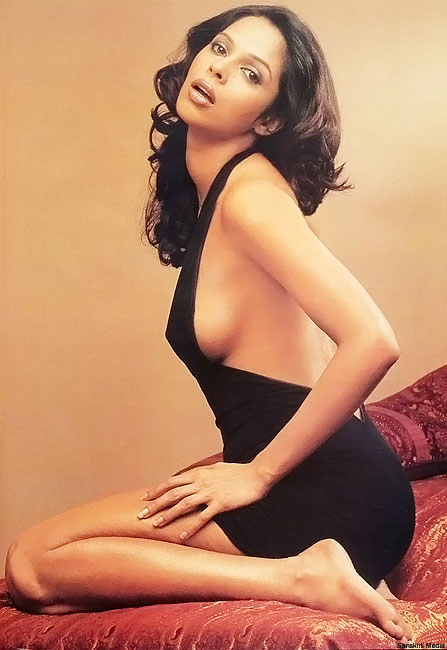 Mallika Sheravat Hot Sexy Photo