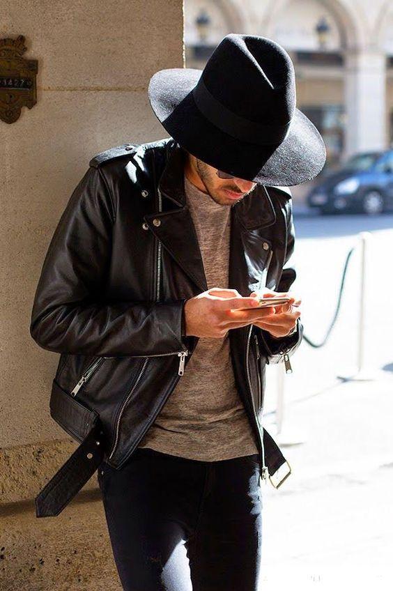 Chapeu Fedora Masculino com jaqueta de couro