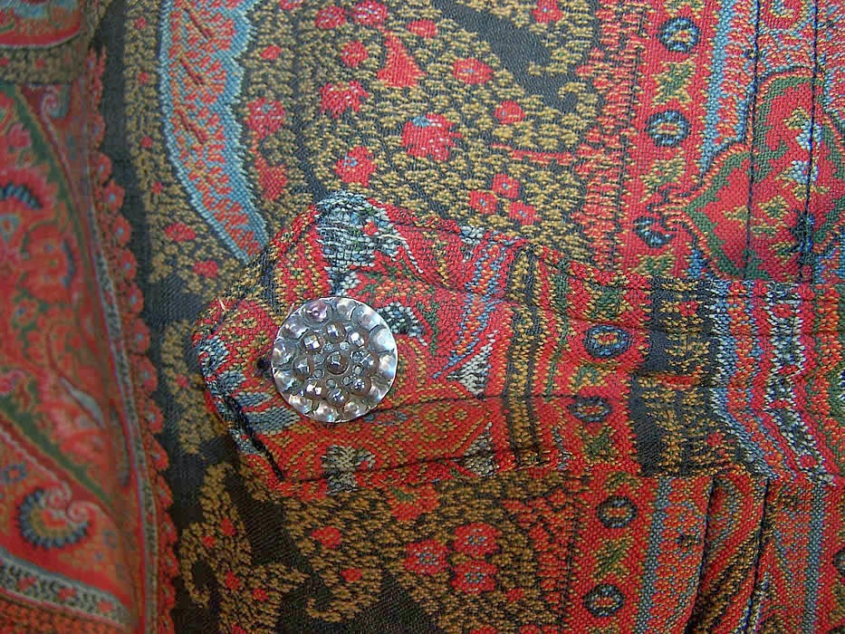 I, too, am here: Scottish Paisley Shawls