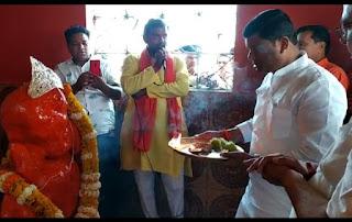 मंत्री रामकिशोर नानो कावरे ने गणेश मंदिर सिंगोड़ी में की पूजा अर्चना