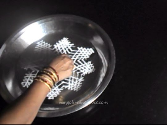 rangoli-in-water-step-5.jpg