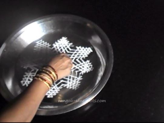rangoli-in-water-step-5.jpg