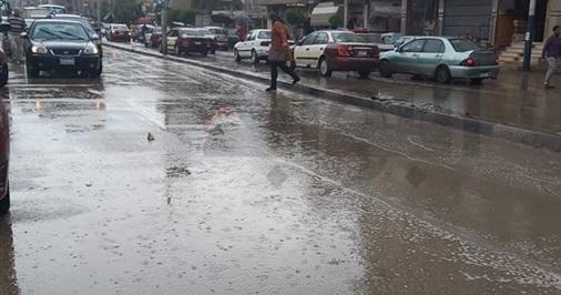 حالة الطقس.. أمطار غزيرة تضرب مدن وقرى البحيرة