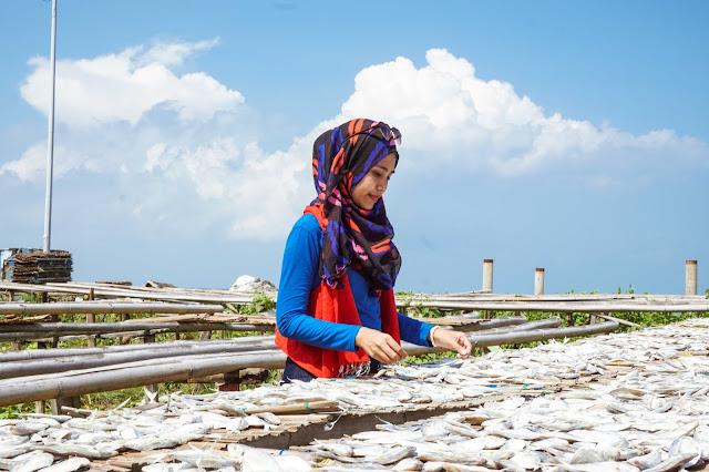 Berlayar ke Kampung Bugis Pulau Sebira (4)
