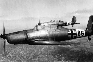 Tipo de avión Arado Ar 96 utilizado por Hanna Reitsch y Robert Ritter von Greim para escapar de Berlín