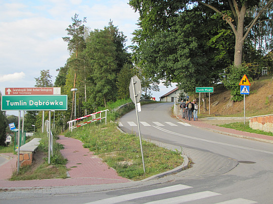 Droga do wsi Tumlin-Węgle.