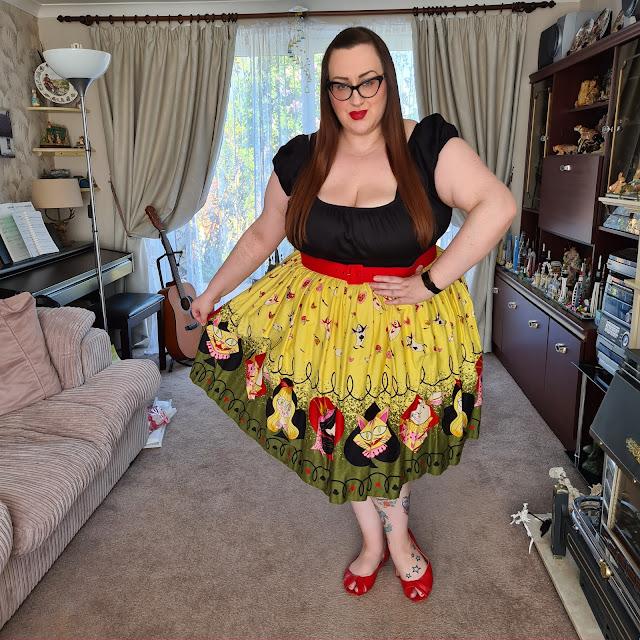 Pin up girl clothing alice in wonderland dress
