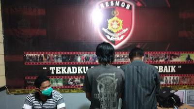 Pembongkaran Kios Di Mengkendek Terungkap, Tim Batitong Maro Gelandang Pelakunya Ke Mapolres Tana Toraja
