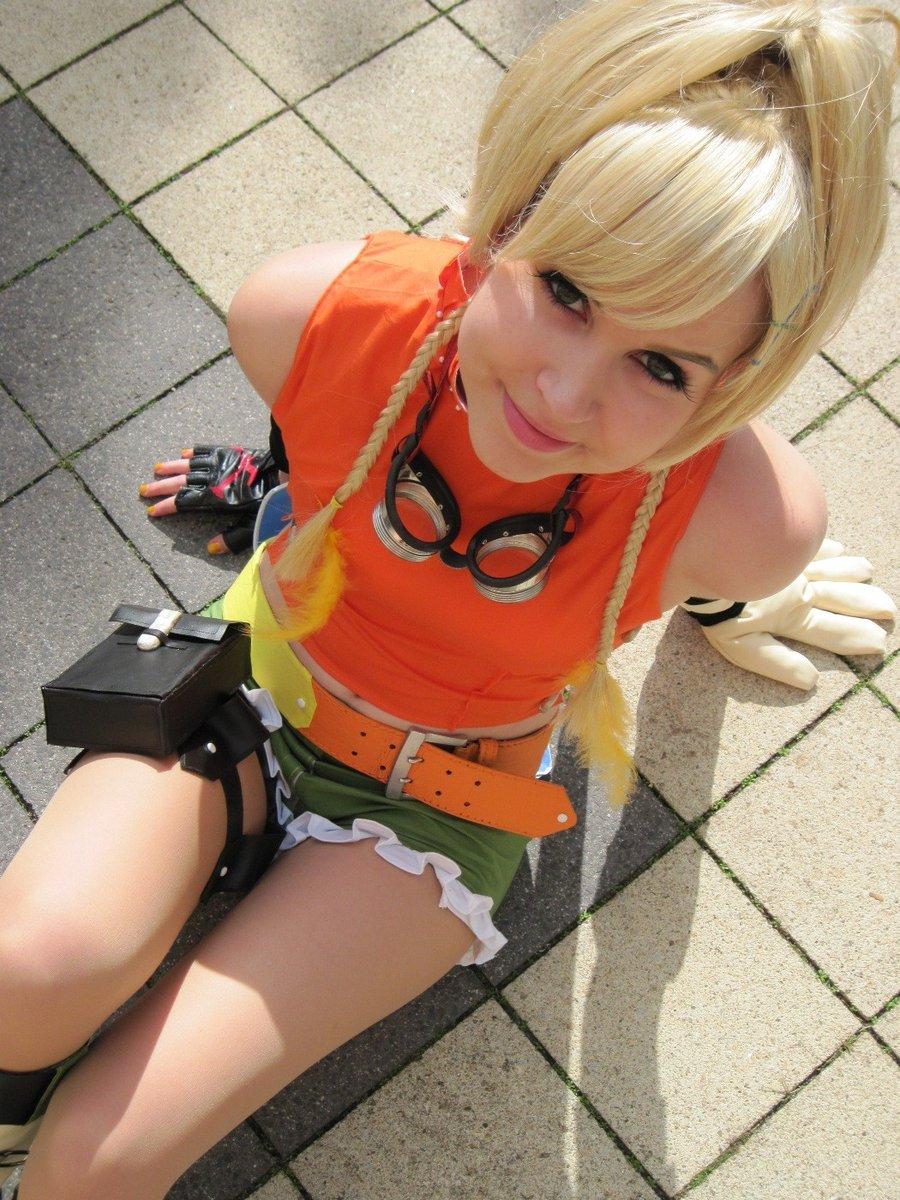 Emo Haircuts: Rikku Cosplay