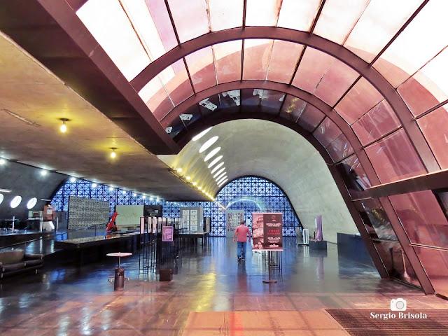 Vista do interior da Biblioteca Latino-Americana - Barra Funda - São Paulo