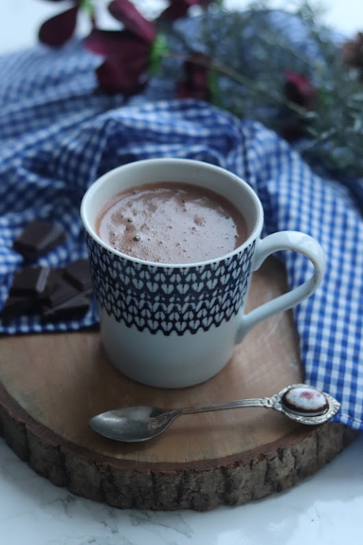 dairy free mint hot chocolate.