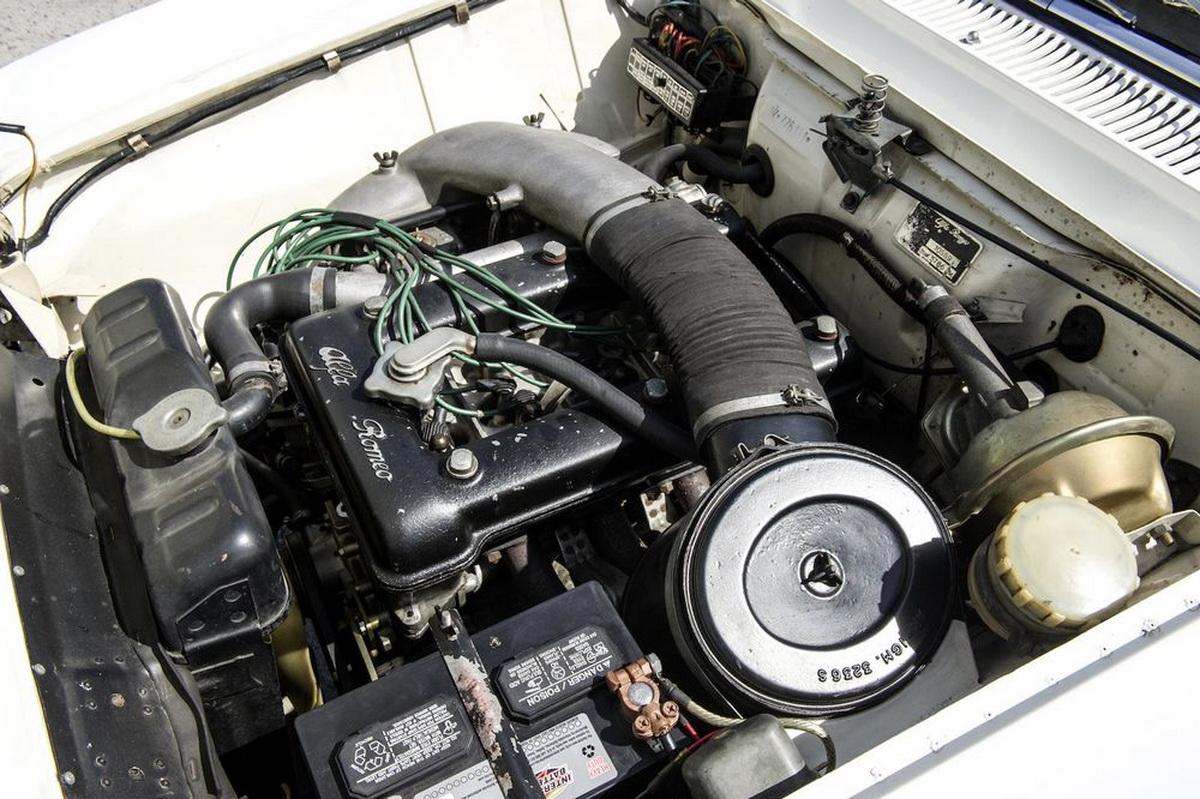 AlfaRomeo-GTA1300JuniorStradale-06.jpg