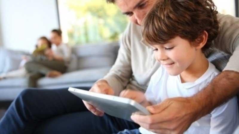 orang tua harus terlibat aktif di tumbuh kembang anak yang bisa semakin berkembang sesuai usianya
