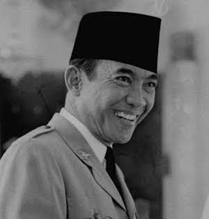 Biografi Singkat Ir Soekarno Dan Prestasinya