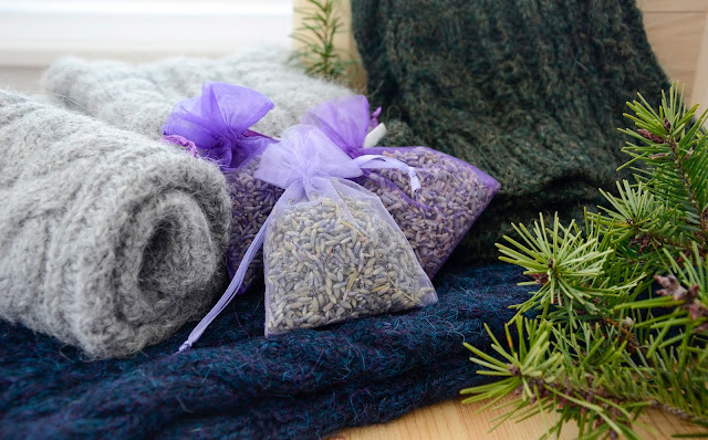 Non-Toxic Lavender Protection for Handmade Woolen Gifts