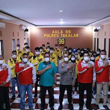Kapolres Takalar Lepas Tim Bola Volly Pra Porprov di Kab Bantaeng