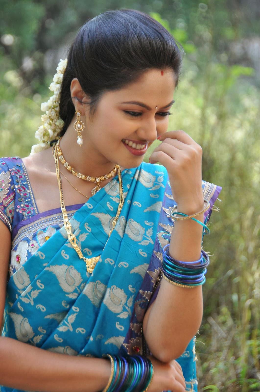 Suhasini Telugu hot actress
