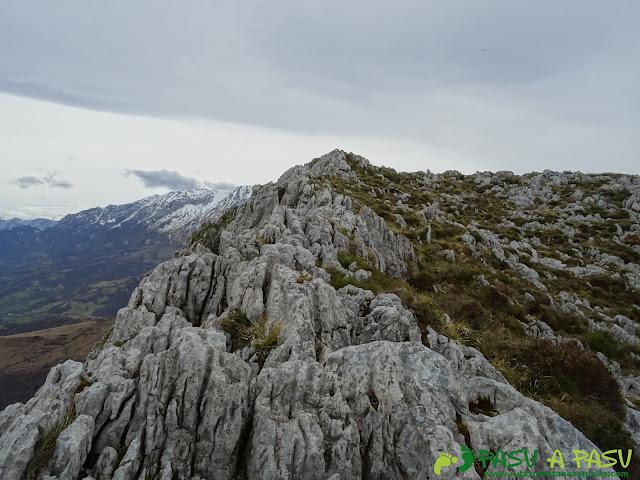 Camino al Pico Marieyu