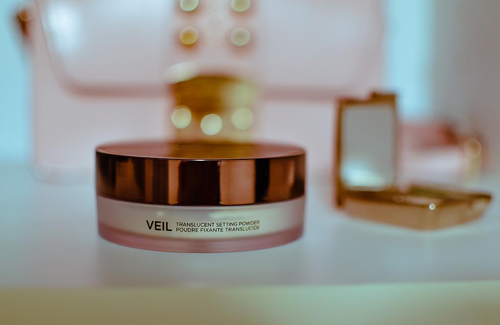 Hourglass Veil Translucent Setting powder review on Ninakobi.com