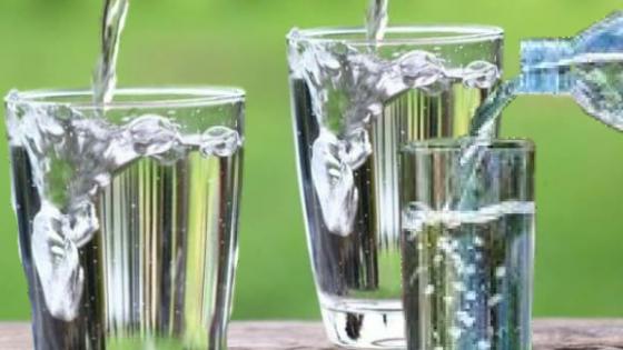 Gambar salah satu manfaat air putih untuk kesehatan