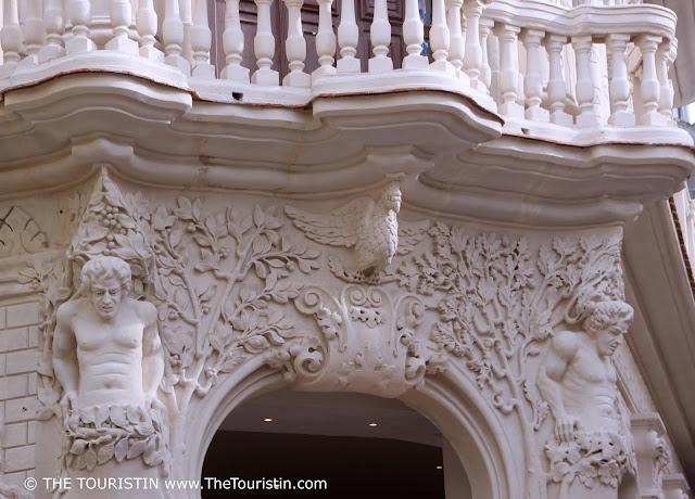 Palacio Cueto vieja havana cuba facade detail  the touristin