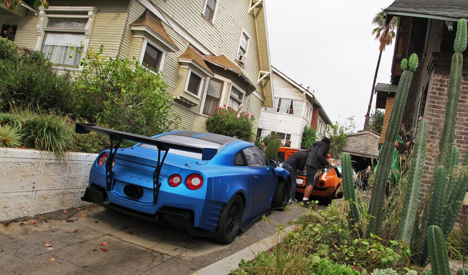 matte fanatic: the fast and the furious 6 : matte blue nissan gt-r r35