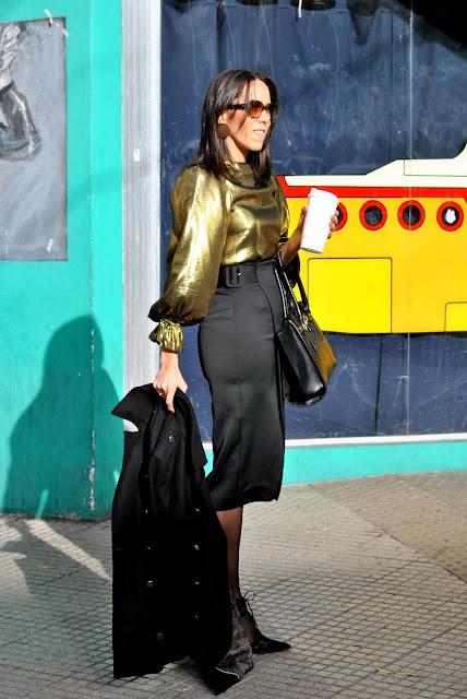 como vestir el dorado, look dorado, como combinar el dorado, como vestir dorado con estilo, como llevar outfit dorado, asesora de imagen, tendencias en dorado, fashion, moda