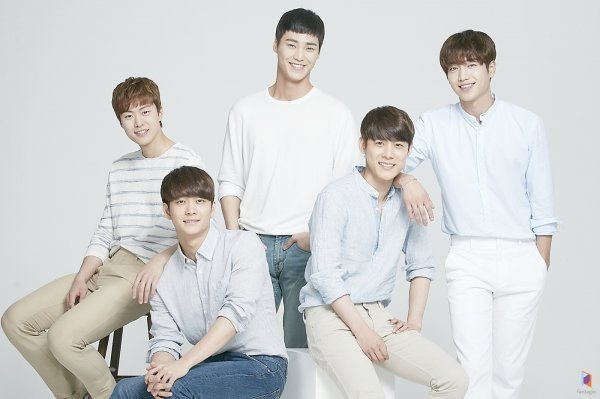 Actor Group SURPRISE (Seo Kangjoon, Gong Myung, Kang Taeoh, Lee Taehwan and Yoo Il) has officially leaving FANTAGIO after the contract ended.