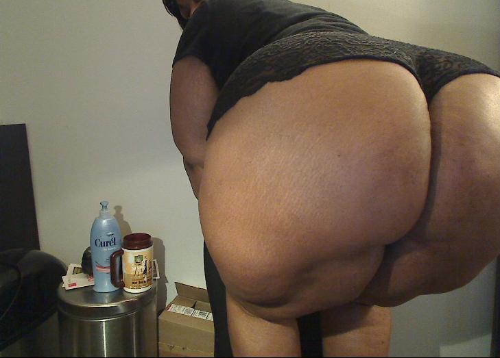 Ebony ssbbw webcam