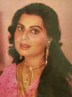 Sulakshana Pandit Family Husband Son Daughter Father Mother Marriage Photos Biography Profile.