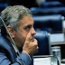 Senado corta salário e recolhe carro oficial de Aécio Neves