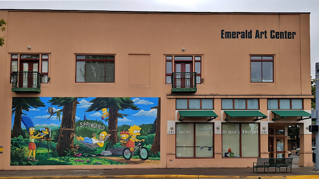 The very tan coloured Emerald Arts Center in Springfield OR...