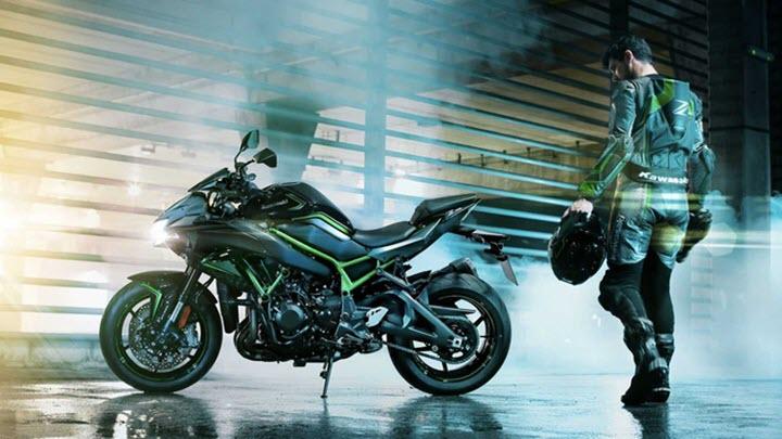 Kawasaki hé lộ hình ảnh Z H2, ngày về Việt Nam không còn xa