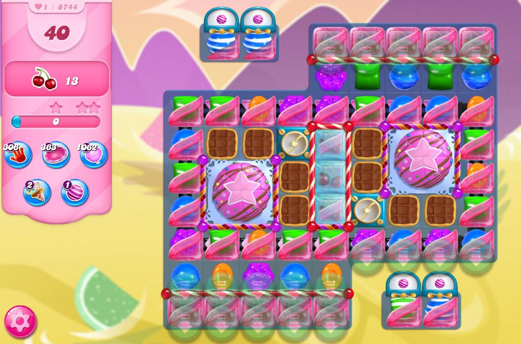 Candy Crush Saga level 8744