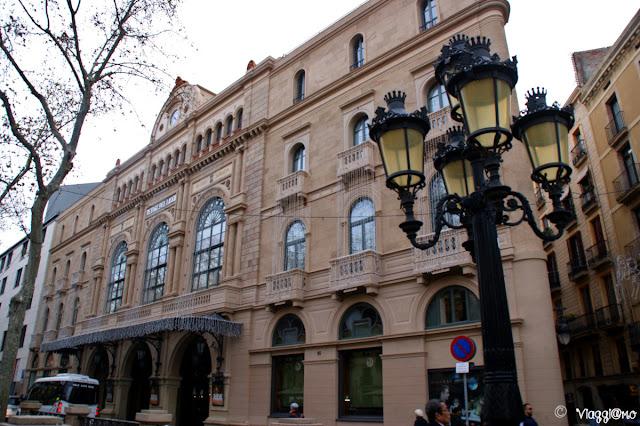 Il Grande Teatro del Liceu si affaccia sulla Rambla