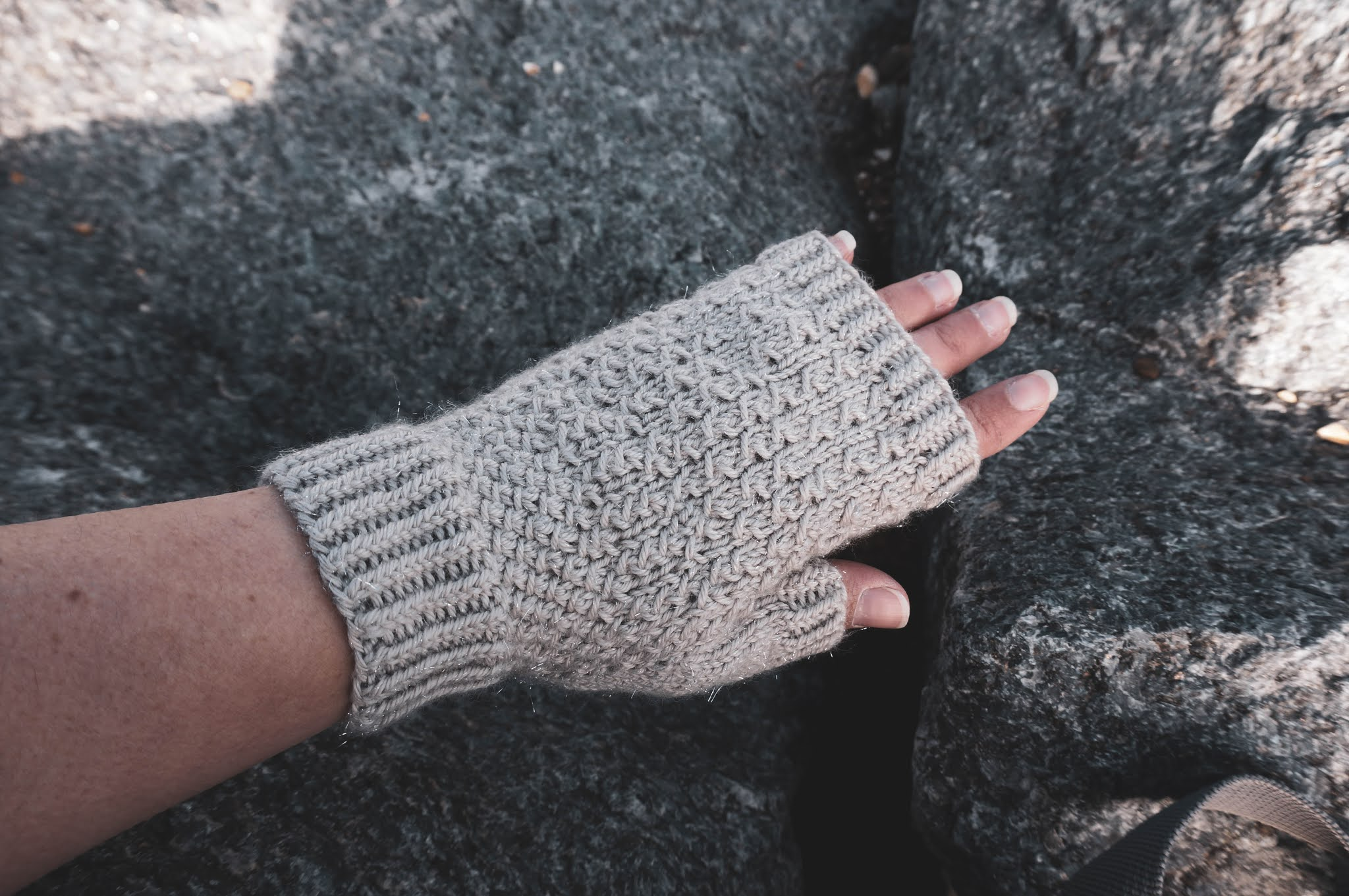 Bay City Mitts knitting pattern by West Beach Knits