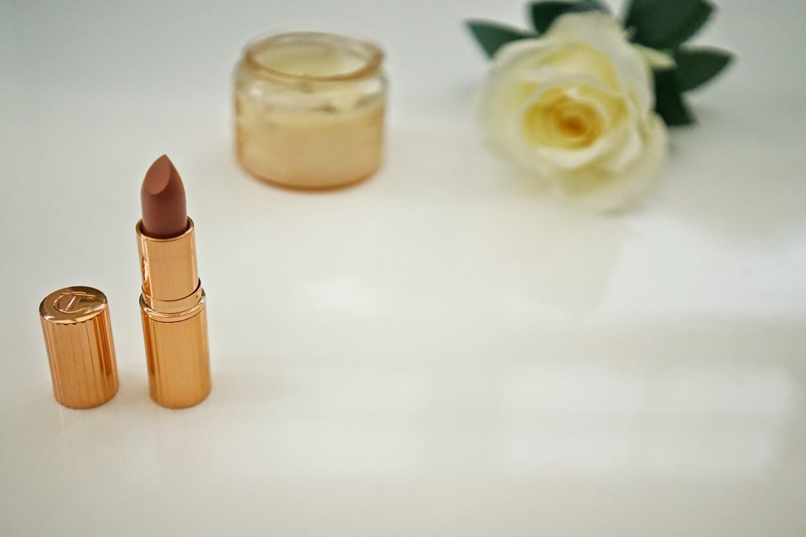 charlotte tilbury k.i.s.s.i.n.g lipstick in nude kate