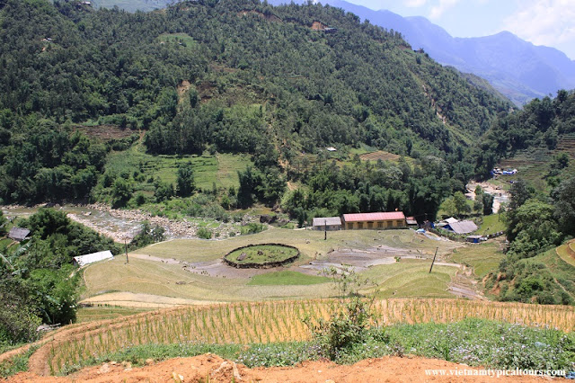 VIDEO: Homestay in Sapa – Hiking the Muong Hoa Valley 1