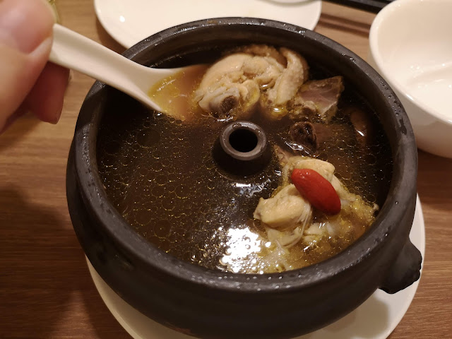 Steam Pot Chicken Soup with Yunnan Red Mushrooms
