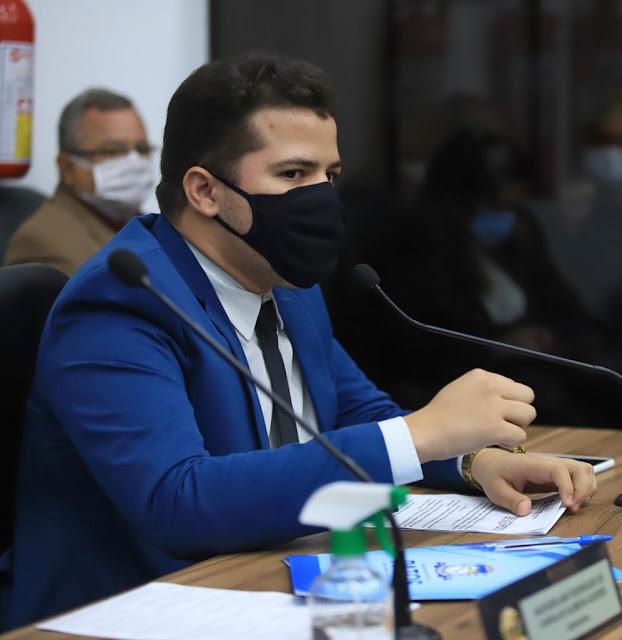 RESSOCIALIZAÇÃO: Ítalo Gomes defende reinserção de egressos do Sistema Prisional no mercado de trabalho
