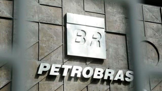 Petrobras anuncia reajuste nas refinarias de 4,8% na gasolina e 5% no diesel, a partir desta terça (2)