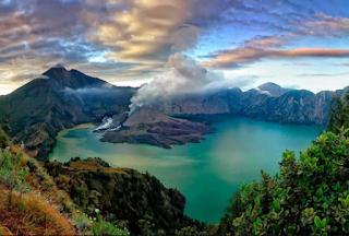 http://infomasihariini.blogspot.com/2017/07/ini-dia-tempat-wisata-lombok-yang-buat.html