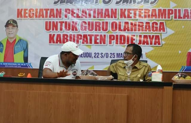 Sekda Pidie Jaya  membuka acara Pelatihan Keterampilan untuk Guru Olah Raga