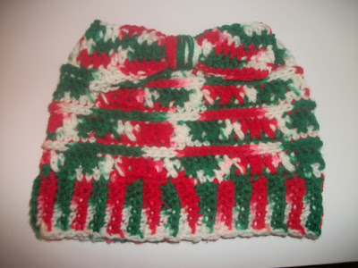 https://www.etsy.com/listing/737362580/christmas-messy-bun-beanie-ponytail?ref=shop_home_active_9&frs=1
