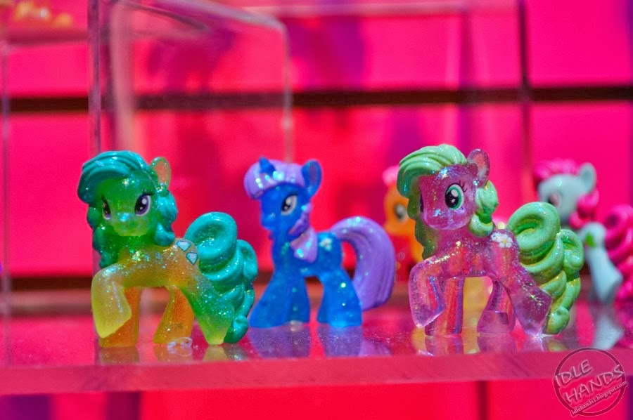 Wave 10 Green Jewel, Amethyst Star and Flower Wishes blind bag figures