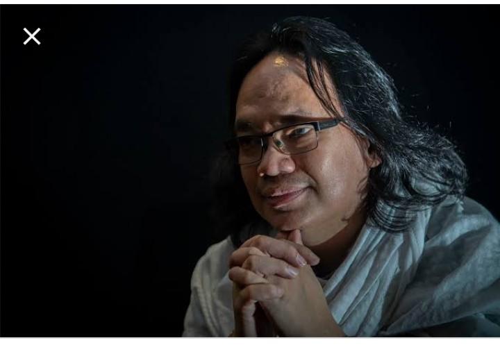 Nadirsyah Hosen, Profesor Seperti Tidak Tamat SD