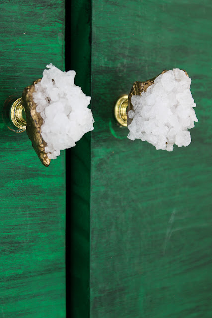 how to make crystal drawer knobs