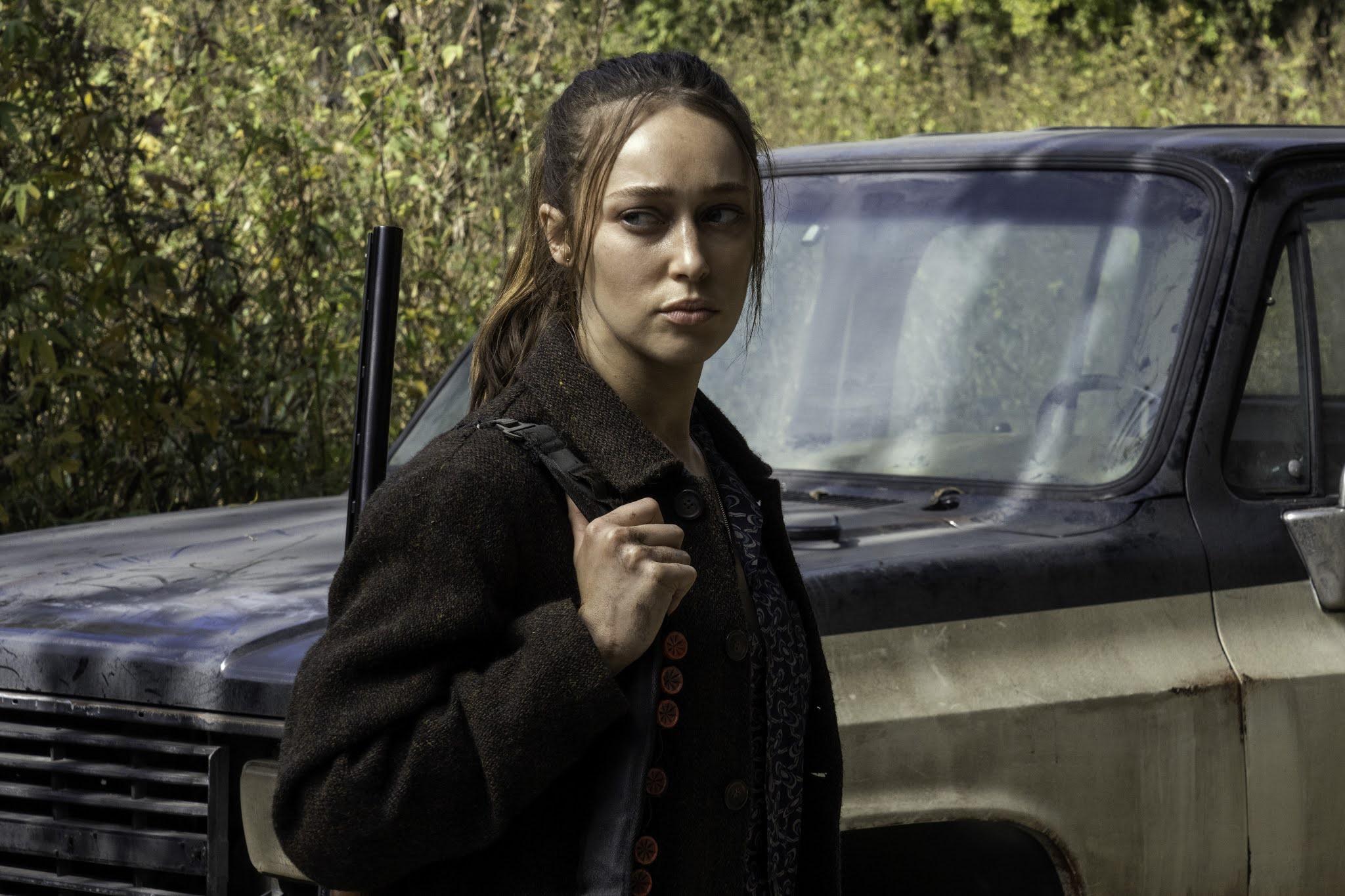 Alicia en el episodio Mother de Fear The Walking Dead