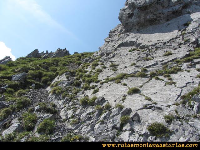 Ruta Tuiza - Portillín - Fontanes: Ascendiendo el Portillín Oriental