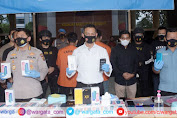 Tim Resmob Ditreskrimum Polda Jambi Amankan Komplotan Perampok 1245 Handphone Xiaomi